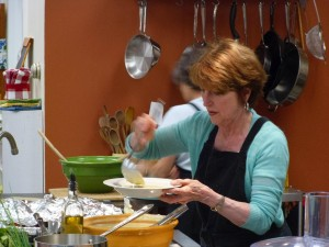 Betty teaching at Different Drummer's Kitchen