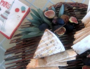 Goat Cheeses, Figs, and Rosemary Crackers