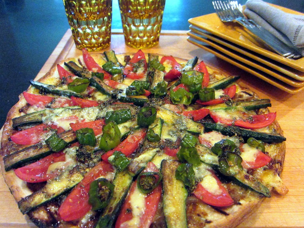 Farmers' Market Vegetable Pizza 1 1824x1368 1824x1368