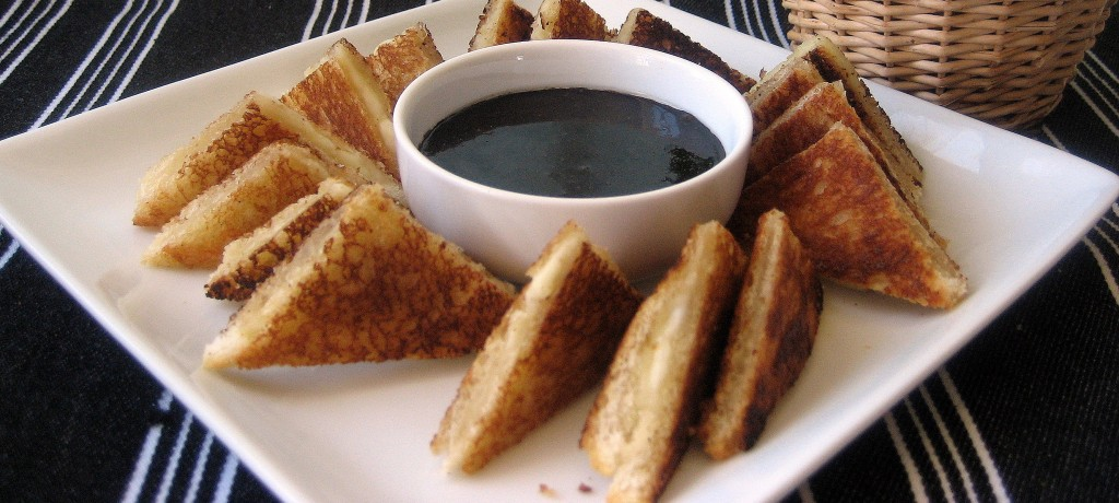 Grilled Cheese Tartines with Balsamic Sauce