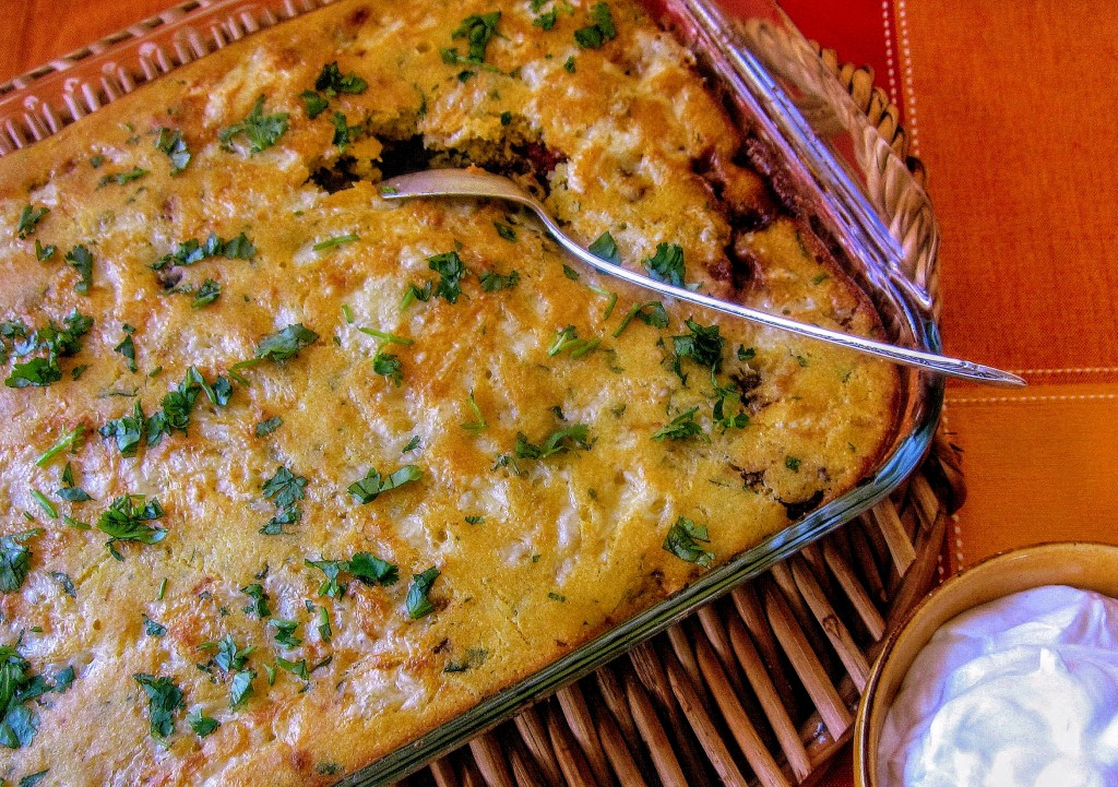 chipotle-chili-baked-under-a-cornbread-crust-1